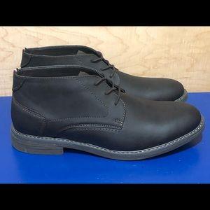 NEW Izod Chukka Boots